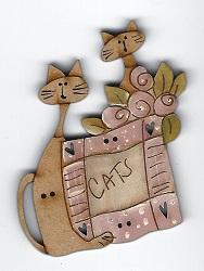Quilt cats pink button