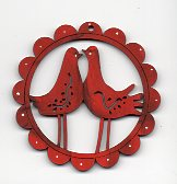 Kissing Bird red scalloped frame7cm decoration